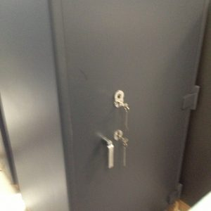 fully-recondition-chubb-duel-key-operated-safe