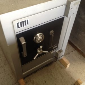 Used CMI CR2 commander TDR cash safe