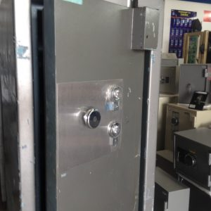 Wormald 8000 series cash/Jewellers safe