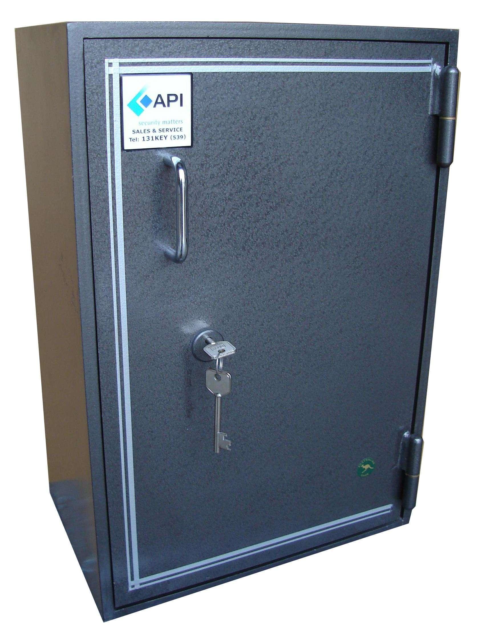 API Diplomat drug safe size 3