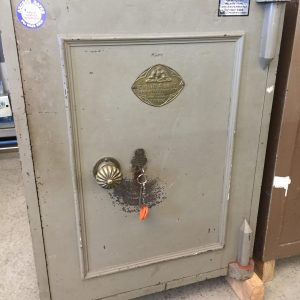 CHUBB ANTIQUE KEY OPERATED SAFE SAFE
