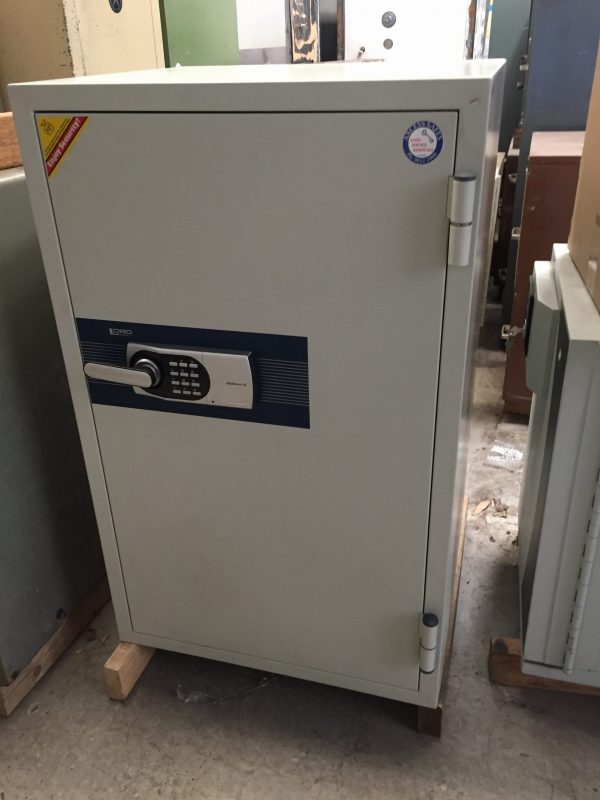 Diplomat 2 hour fire rated digital safe