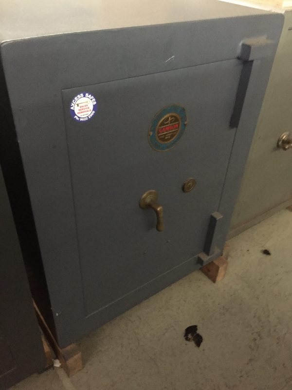 Samson fully reconditioned fire resistant safe