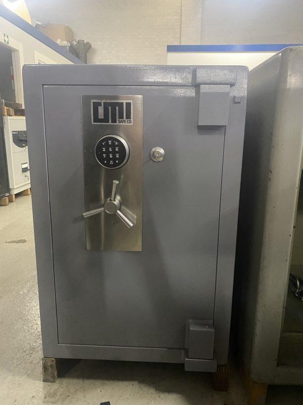 CMI COM3 Commerce heavy duty safe